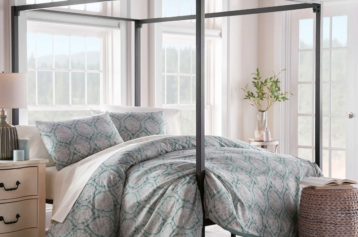 Sobel Westex Duchess Collection Emerald Damask comforter in green white and pink on a four poster bed